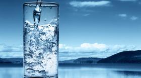 Физики поделили воду