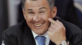 Президента Татарстана прокатили без водителя